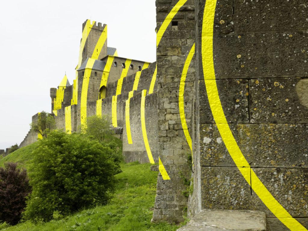 Felice Varini, Cercles concentriques excentriques, cité de Carcassonne 2018, photo © André Morin